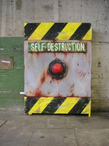 SELF-DESTRUCTION, Roman Frechen